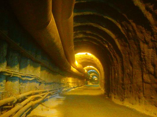 Pengerjaan Terowongan di Kampung Remesen, yang telah dikerjakan sejauh lebih dari 500 meter dari 2,5 KM yang direncanakan