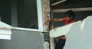 Pengamanan Bangunan Ambruk Akibat Gempa Gayo Belum Maksimal