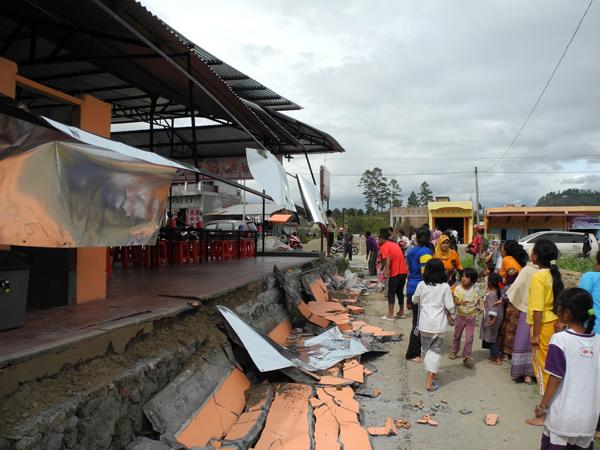 salah satu kerusakan akibat gempa di kampung Tan Saril - Aceh Tengah (LintasGayo.co : Muna)