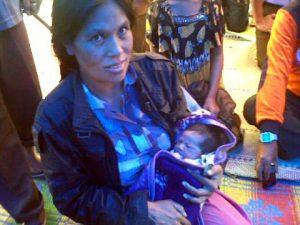 Jasmani dan Bayinya Cut Juliati.(LGco-Mhd)