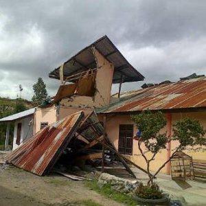 Kondisi Rumah warga pasca gempa.(LGco-istimewa)