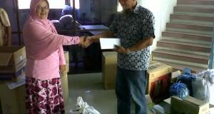 d'BCN Banda Aceh Salurkan Bantuan Gempa Gayo Melalui PWI Aceh