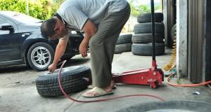 Di Gayo, Ban Bekas lebih Diminati Pemilik Kenderaan Roda 4