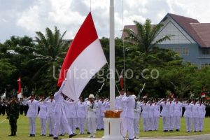 Pemgibaran bendera.(LGco-aman.ZaiZa)