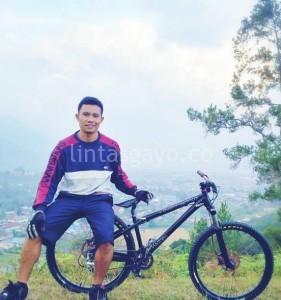 (foto : koleksi Mude Angkasa)