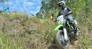 [Essay Foto] Trail be-Tragong di Tepi Lut Tawar