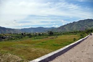 Sebagian wilayah sudah ada akses jalan seperti di kampung Uning Pegantungen Bies. (Win Aman)