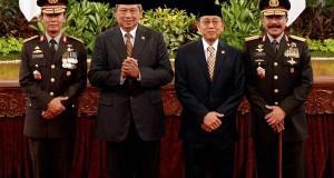 Presiden SBY Lantik Komjen Sutarman Jadi Kapolri