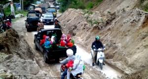 Hujan deras, jalan lintas Blangkejeren-Kota Cane longsor