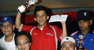 Ayi Ceper Pembalap Gayo Juara Umum Drag Bike Seri II 2013