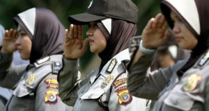 Kapolri Restui Disain Jilbab Anggota Polwan Sesuai Kesatuan