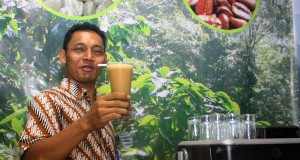 "Malam Minggu Bersama ""Kopi Soda"" di Sada Coffee Banda Aceh"