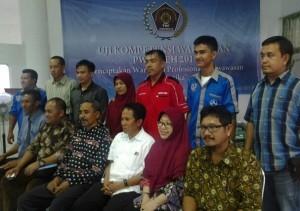 Peserta UKW bersama tim penguji. (LGco-Khaa A Zaghlul)