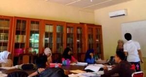 Keunggulkan Fakultas Dakwah dan Komunikasi UIN Ar-Raniry dengan Pelatihan Bahasa Asing*
