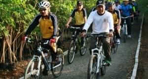 Wow, Kapolda Aceh ngebet taklukkan Lut Tawar dengan sepeda