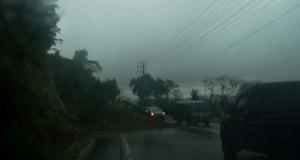 Menakutkan, Bila Hujan Sepanjang Jalan Kelupak Mata Mudah Longsor