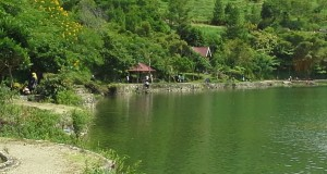 Awal tahun 2014, Pengelola Objek Wisata di Danau Lut Tawar Kebanjiran Tamu
