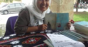 Rosnida Sari, Perempuan Gayo Yang Ingin Menulis dua Sosok Perempuan Gayo