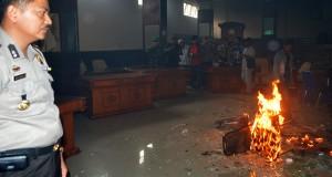 Ini Foto akibat Anarkis Demonstran Takengon