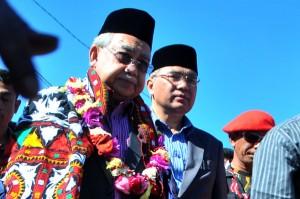 Gubernur Aceh dr. Zaini Abdullah dan Bupati Aceh Tengah, Ir. H. Nasaruddin, MM. (LGco-Windjanur)