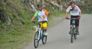 Pengalaman pertama taklukkan Danau Lut Tawar dengan bersepeda
