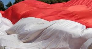 Rebut Tuan Rumah Piala Dunia 2022, Merah Putih Raksasa Dikibarkan di Sabang