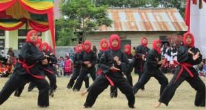Santri Ponpes Semayoen Nusantara Redelong di wisuda