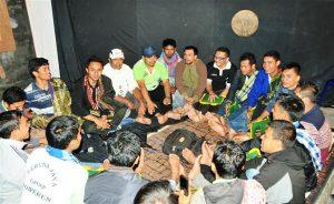 Klub Didong Teruna Jaya Toweren di Wapres Takengon. (LGco_Khalis)