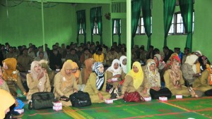 Peserta-Acara-Halal-Bil-Halal-di-SMA-1-Bukit