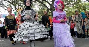 Foto-foto ceria karnaval HUT RI di Banda Aceh
