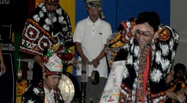 """Aga garap Sarik, """"magis puisi dalam tari Guel"""" untuk konser Maya di GOS Takengon"""