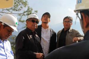 Gubernur bersama Anggota DPRA dan kepala bappeda