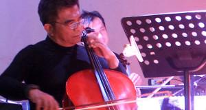 """Setelah saksikan Saman Massal,  pemain Cello ini akan buat komposisi  musik """"Saman"""""""