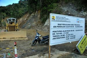 Gerbang buka tutup di Tangsaran Pantan Cuaca Gayo Lues. (LGco_Khalis)