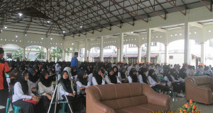 530 Mahasiswa IAIN ZCK Langsa Diberi Pembelakan PKM
