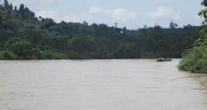Perahu Motor, Andalan Warga Simpang Jernih Angkut Hasil Pertanian