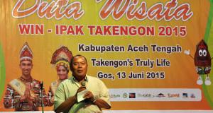 Bli Ketut Dikerjain di Ajang Penobatan Win Ipak Takengon 2015