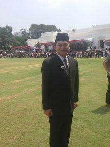 Camat Putri Betung di lapangan Istana Merdeka