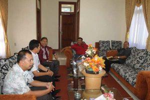 Kepala Badan Arpus Aceh Bersama Bupati Bireuen