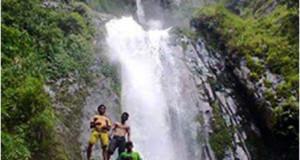 Segarnya Air Terjun Jambor Latong Lembah Alas