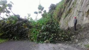 Jalan Takengon-Angkup Longsor