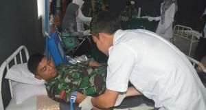 Bersama Ikatan Sosial Pemuda Gayo, Prajurit Yonif 114/SM Ikut Donor Darah