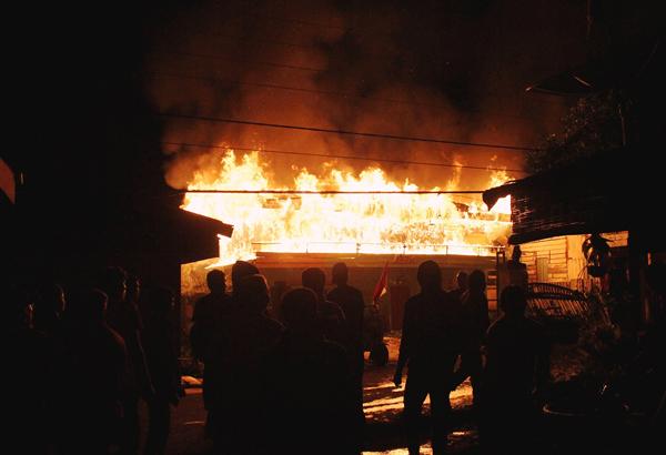 kebakaran asir-asir atas (1)