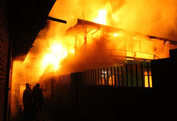 kebakaran asir-asir atas (5)