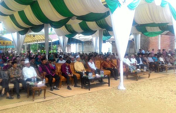 Para tamu undangan (Foto: Supri Ariu   LGco)