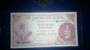 Mata uang rupiah edisi tahun 1948 koleksi Yuliani Fitri (Foto: Ist)