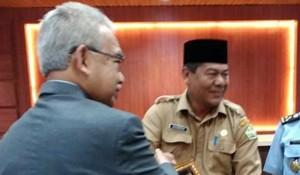 Kausarsyah dan Gubernur Aceh