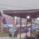 Hujan di Akhir Pekan, Pasar Jagong Sepi