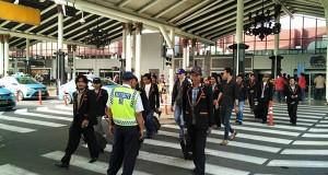 Penampilan Baru Personil Saman Pemda di KTT OKI Jakarta
