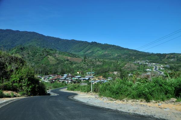 Jalan KKA Kamp (Kem) kampung terakhir Bener Meriah sebelum perbatasan Aceh Utara. (LGco_Khalis)